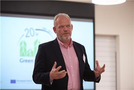 Administrerende Direktør Carsten Jeppesen fra Dechra Veterinary Products A/S ser også en god forretning i at arbejde med samfundsansvar