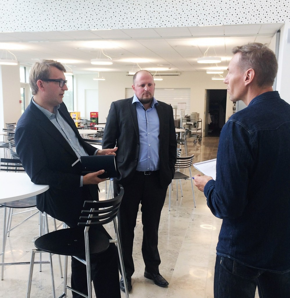 Erhvervs- og vækstminister, Troels Lund Poulsen, vil fremme markedsdrevet CSR i Danmark. I den forbindelse mødtes ministeren d. 24. september med Green Network til en erfaringsudveksling om virksomhedernes arbejde med forretningsdrevet CSR.